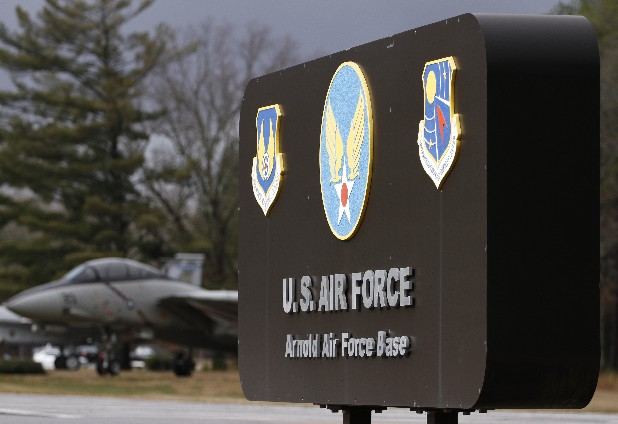 arnold afb black singles The ft campbell exchange also provides support for retail facilities under the tennessee national guard at nashville, smyrna, chattanooga, mcghee tyson,(knoxville) and arnold air force base (tullahoma.